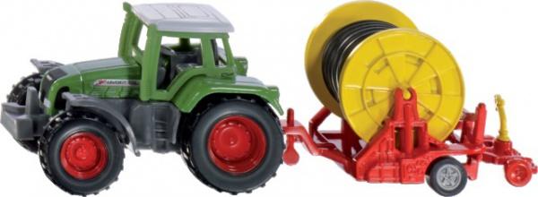 Tracteur Fendt avec enrouleur d'irrigation