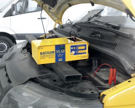CHARGEUR DE BATTERIE BATIUM 15.12 GYS